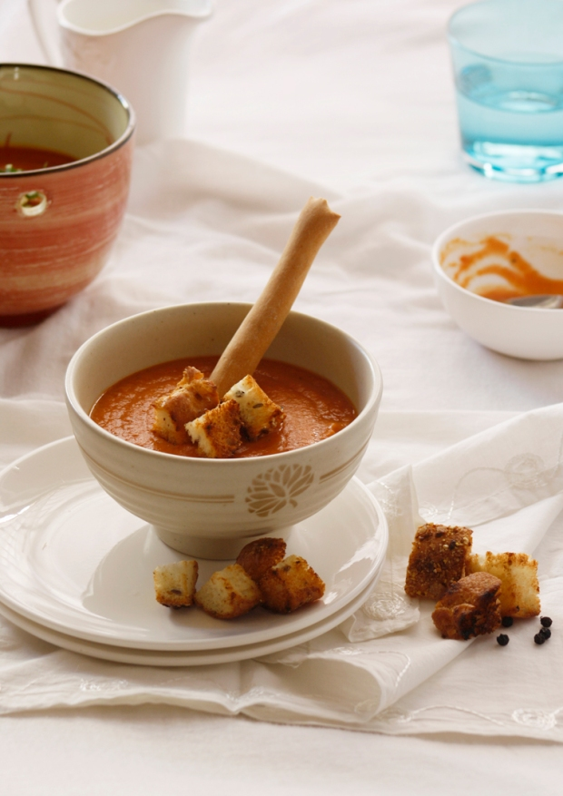 Tomato Basil Soup by Veggie Zest