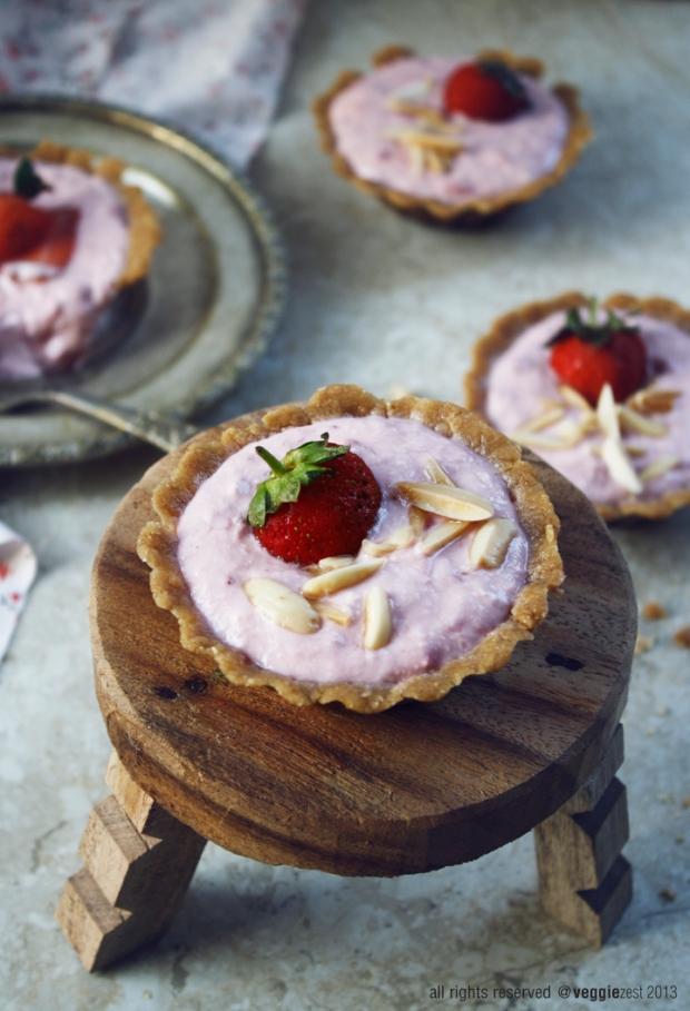 starwberry yogurt tart