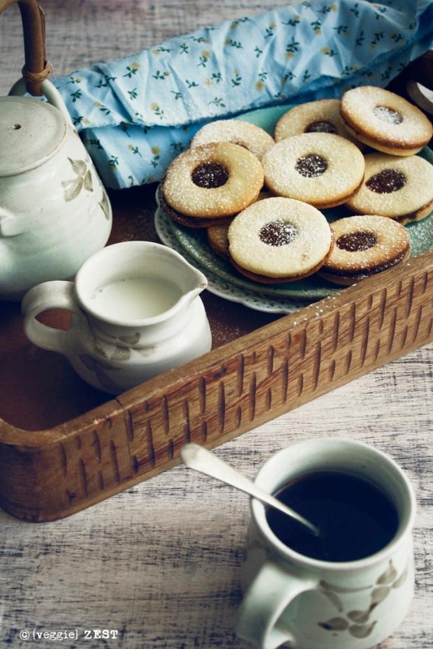 Lindzer cookie 1